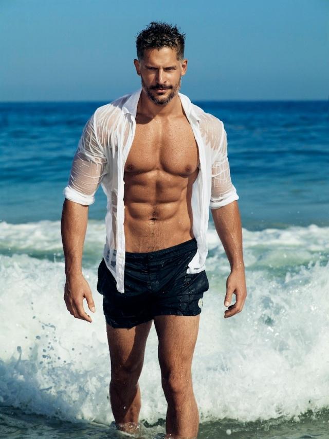 Joe-Manganiello-Open-Shirt-Beach-001