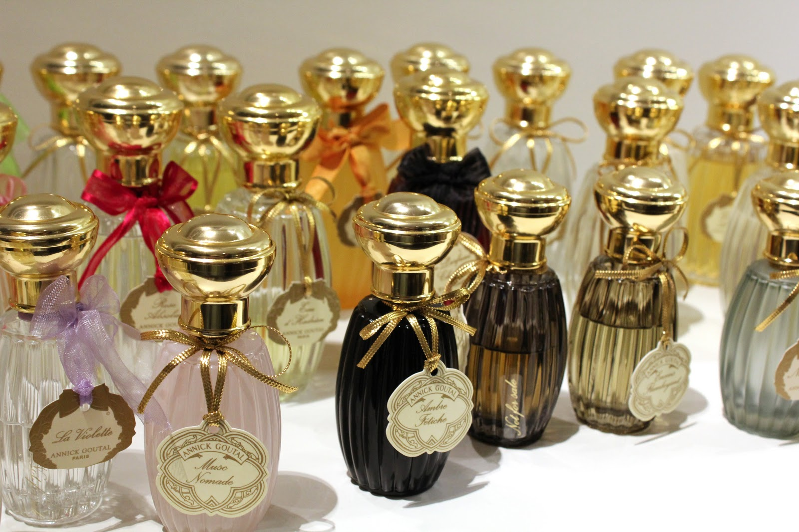 Annick Goutal Eau Shop Counter Yakymour
