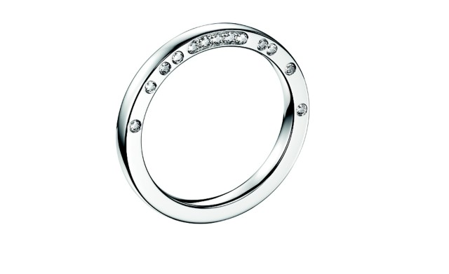 Divine Rita wedding ring in white gold paved with diamonds
