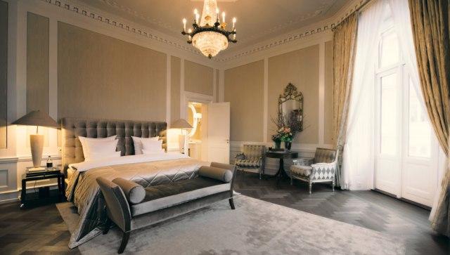 hotel-dangleterre-royal-suite-1