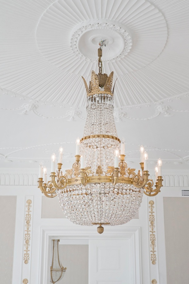 Royal-Suite-lysekrone