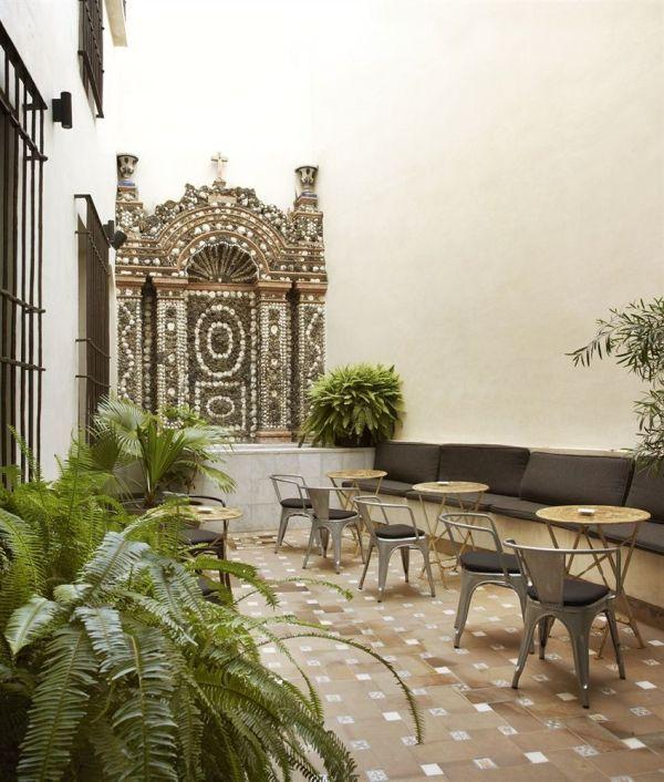 Sevilla, Palacio de Villapanés, Alma Hotel Mini Courtyard