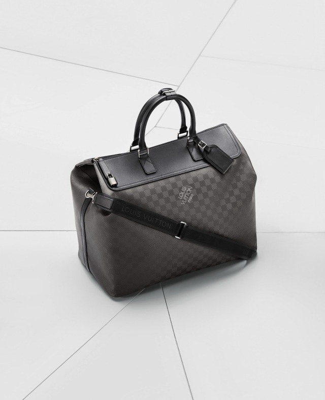BMW_L_Vuitton_packshot_sacs_030