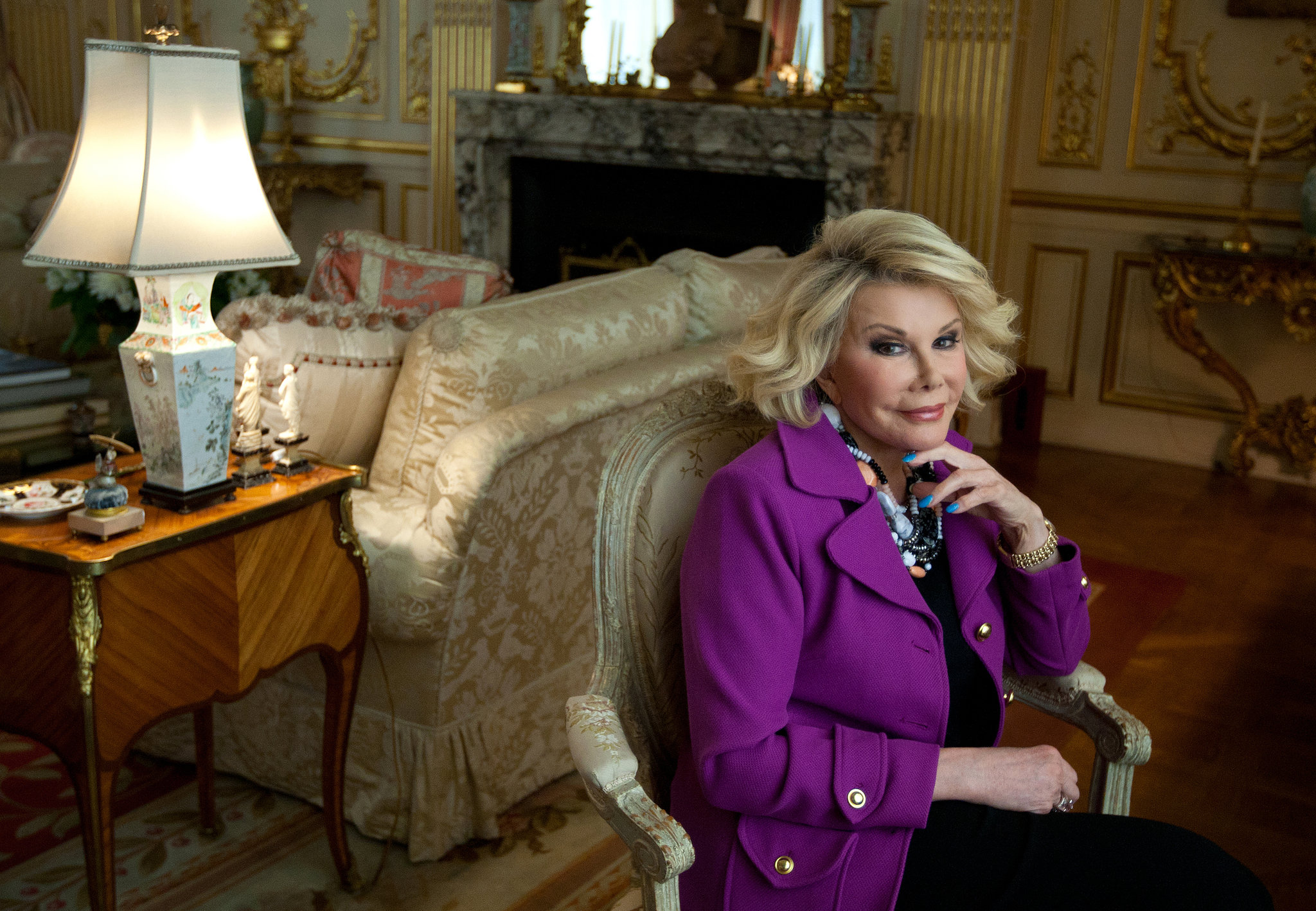 Joan-Rivers-at-home-Ruth-Fremson-The-New-York-Times