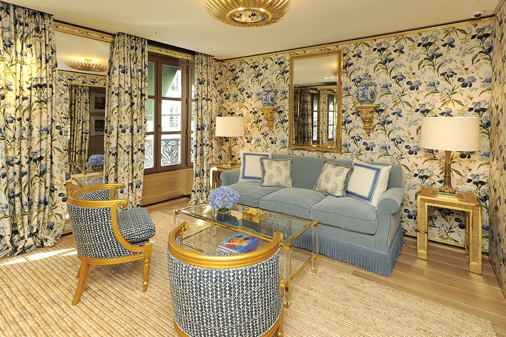 Chintz defines the décor of the VIP suite.