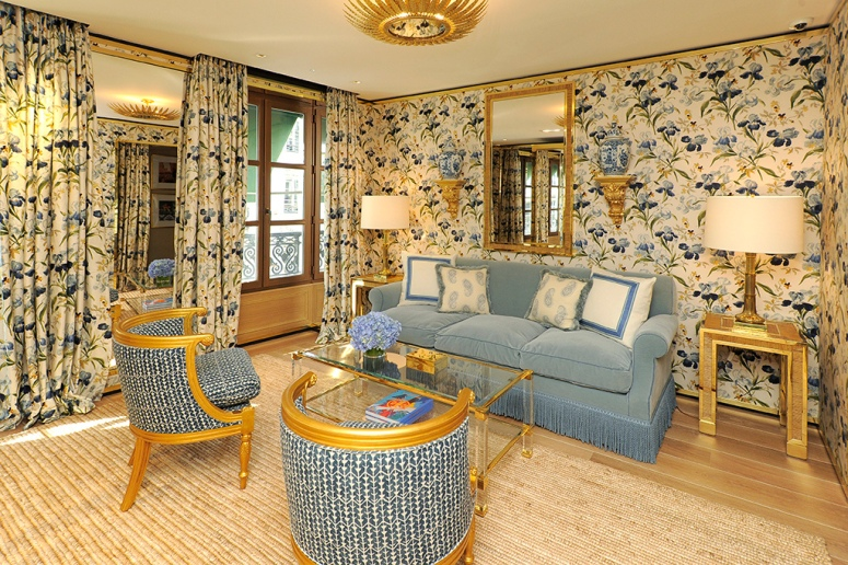 Chintz defines the décor of the VIP suite.