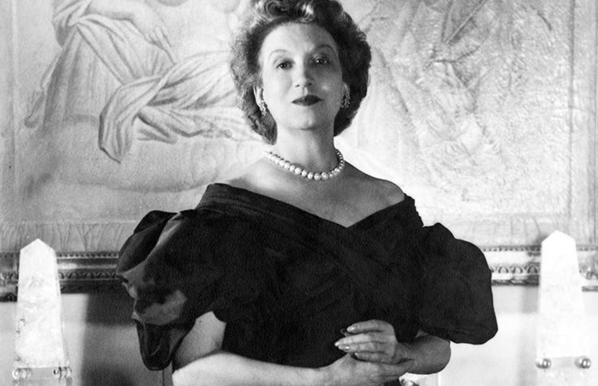 the life and cosmetics career of elizabeth arden Though she died in 1966, cosmetics pioneer elizabeth arden and the eponymous brand she created before women even had the right to vote have been in the spotlight in recent months thanks to.