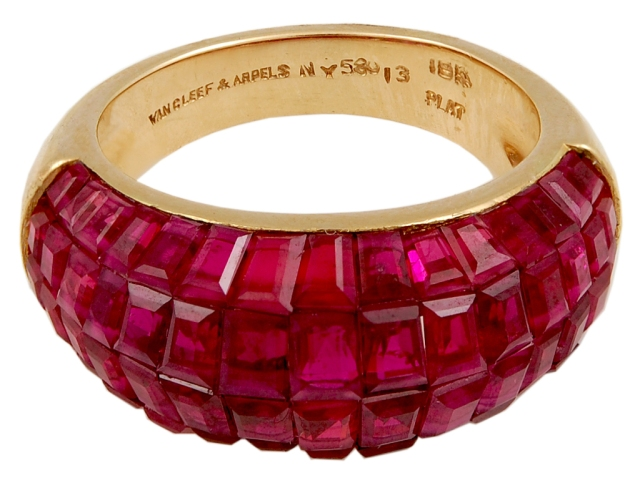 Van Cleef Arpels Mystery Ring Platinum Ruby Diamond Yakymour