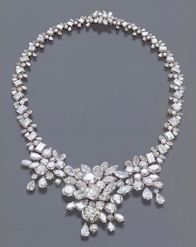 Begum Om Habibeh Aga Khan Yvette Labrousse Neckless Diamond