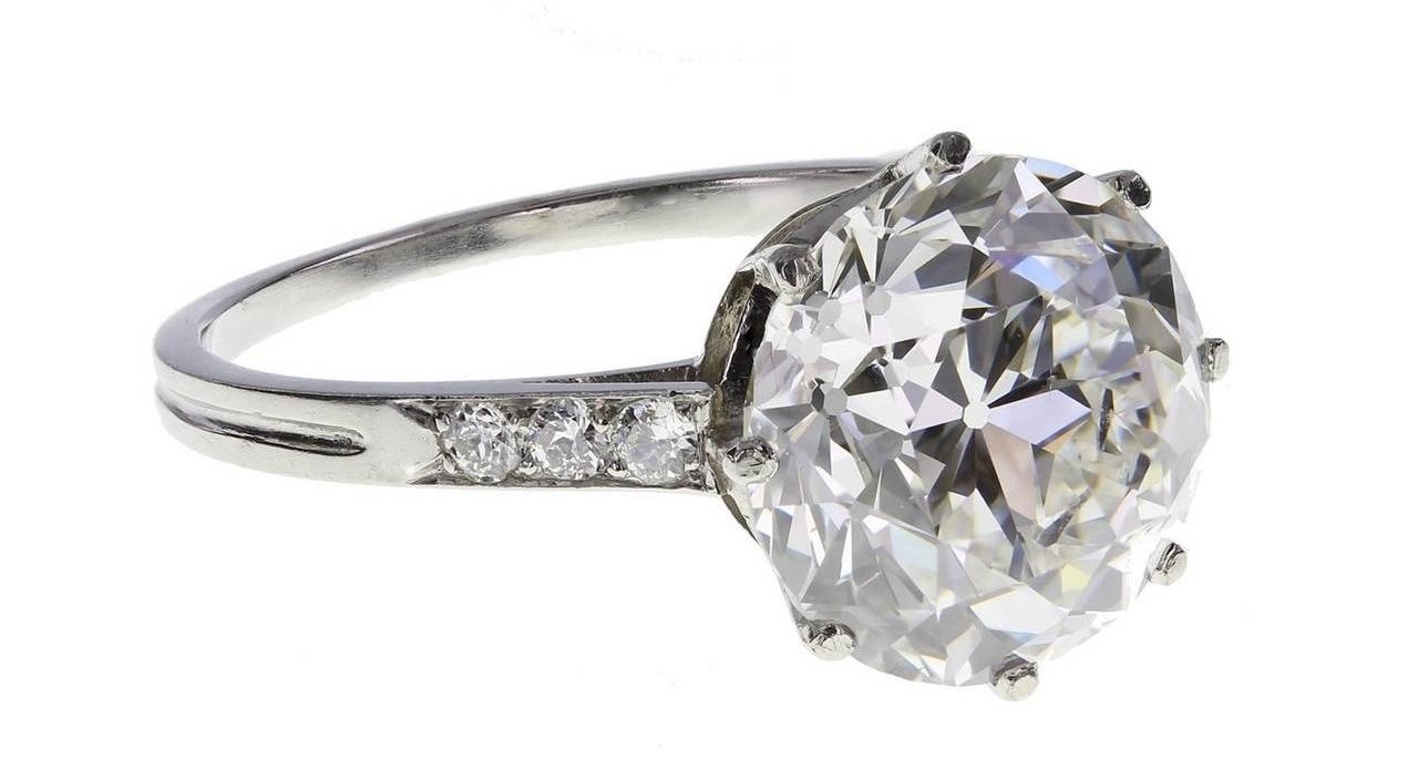 Boucheron 3.91 Carat Brilliant-Cut Diamond Platinum Engagement Ring