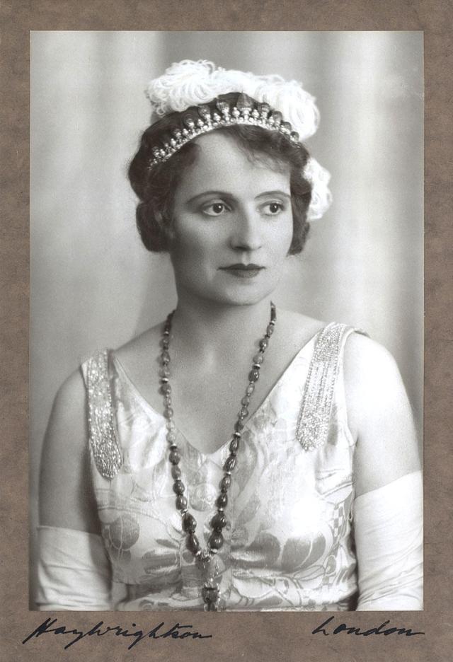 Begum Andree Carron Aga Khan Cartier Tiara