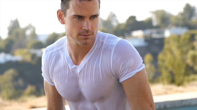 Mens_Fitness-January_February_2016-Matt_Bomer-BTS-15