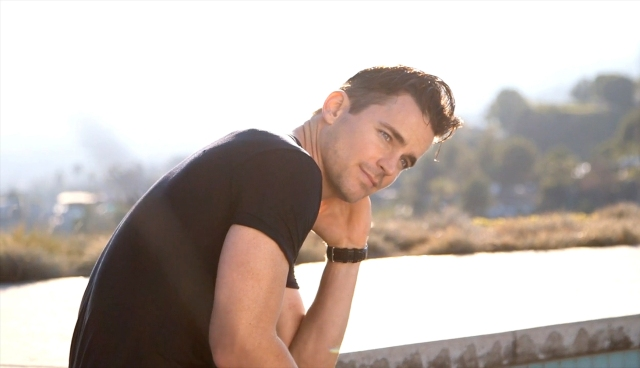 Mens_Fitness-January_February_2016-Matt_Bomer-BTS-28