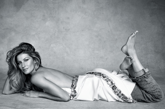 Gisele Bündchen by Patrick Demarchelier for Vogue Australia January 2015.jpg