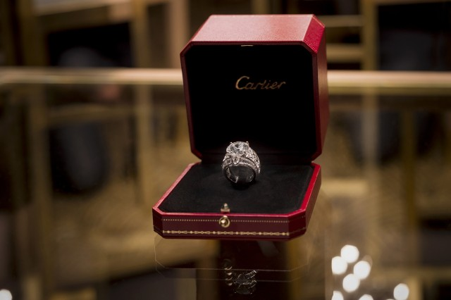 10 cartier diamond are a girls best friend