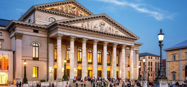 Bayerische Staatsoper Opera House_Felix_Loechner_7fc52cb999