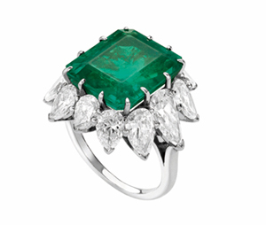 liz-taylor-emerald-engagement-ring-Bulgari