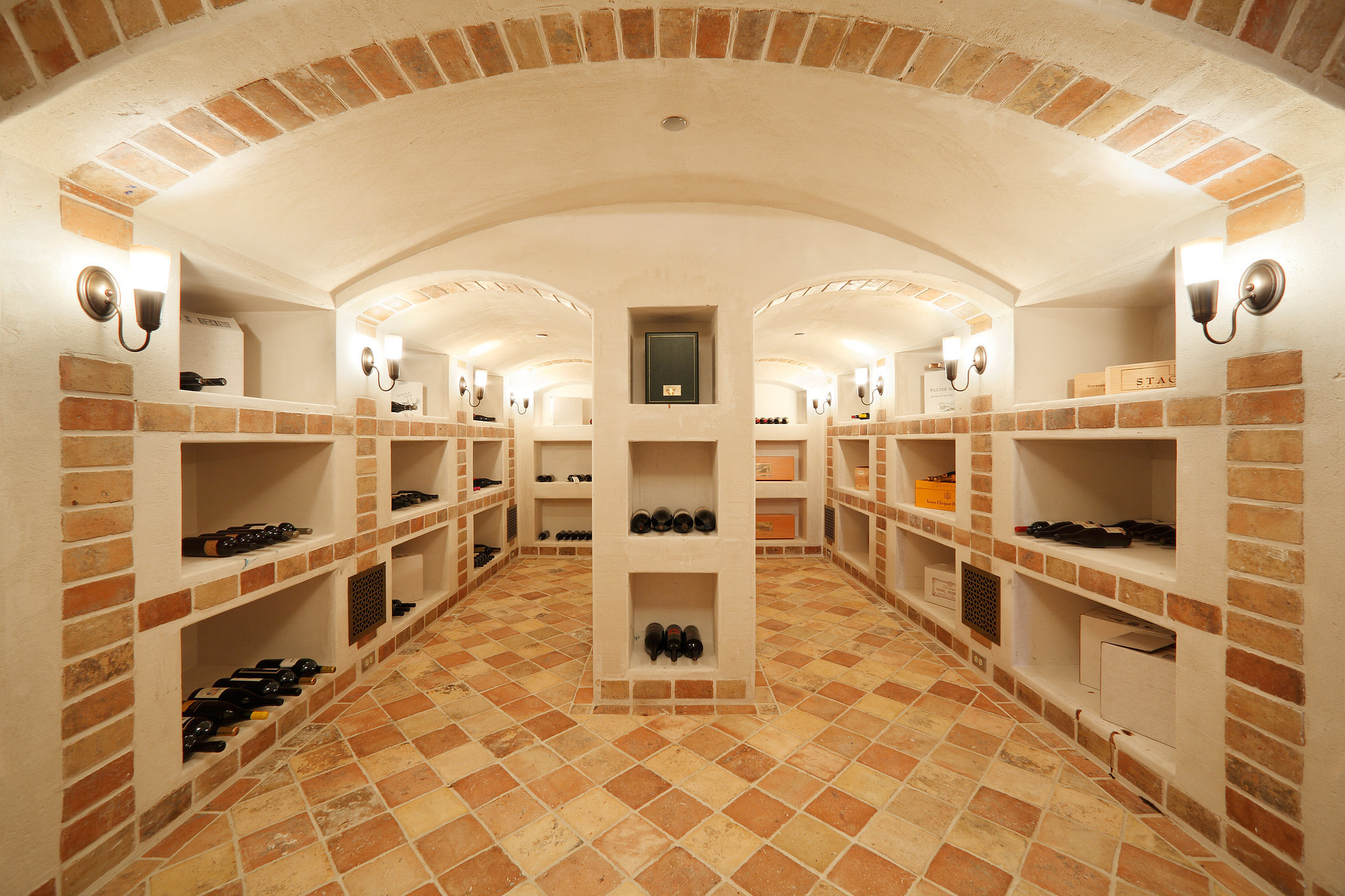 climate-controlled-wine-cellar-must-any-luxury-estate