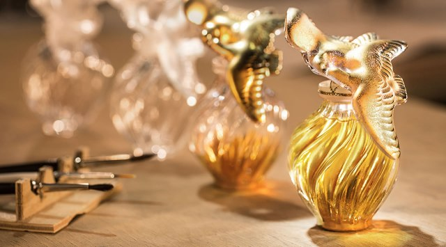 Nina Ricci x Lalique L'Air Du Temps limited-edition4