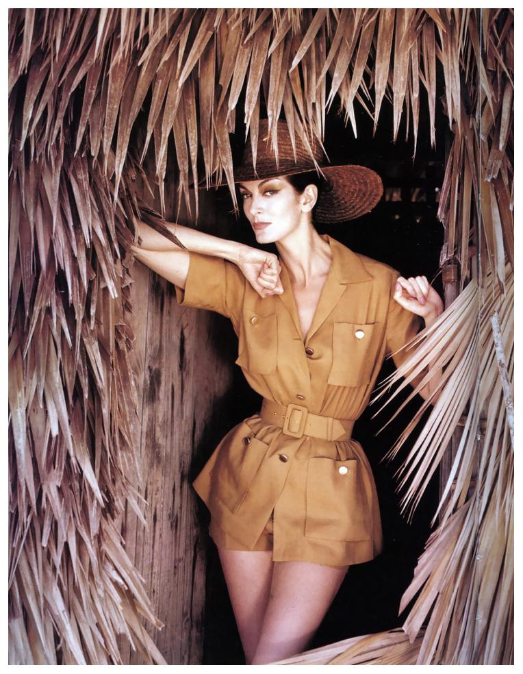 carmen-dell-orefice-bahamas-vogue-cover-july-1959.jpg