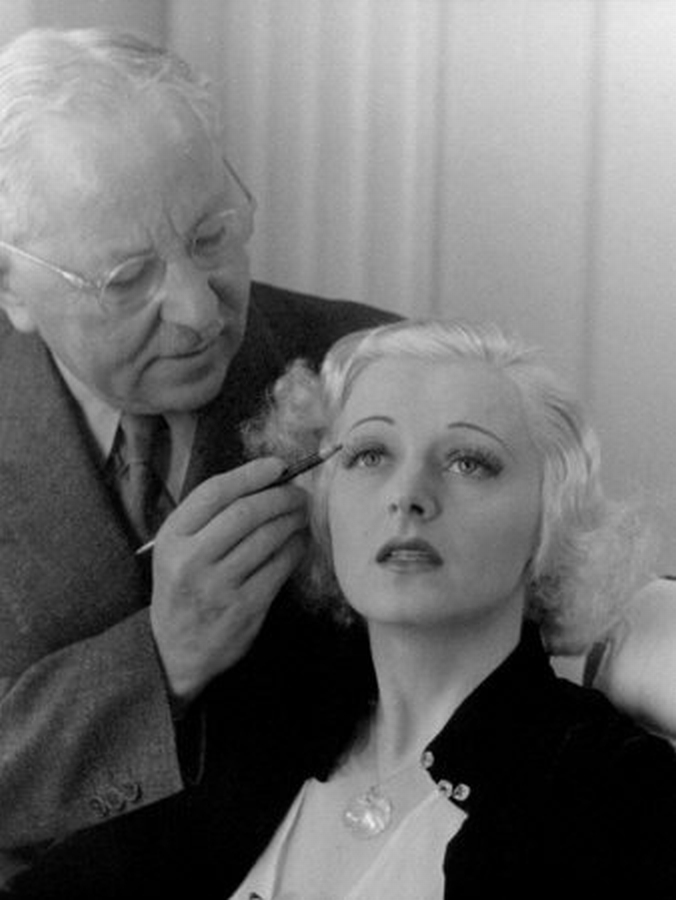 Max Factor at work3