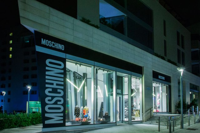Moschino-New-Store-in-Milan_fy1