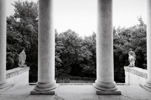 Bottega-Veneta-Parco-Villa-3