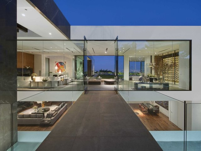Calvin-Klein-Hollywood-Hills-luxury-home2