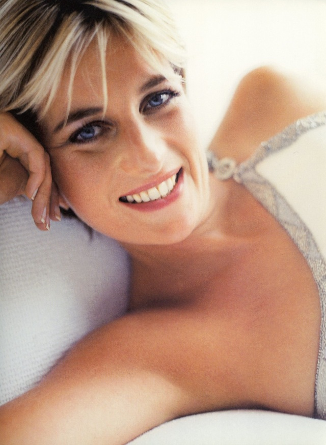 Diana, Princess of Wales, London, Vanity Fair, 1997 d.jpg