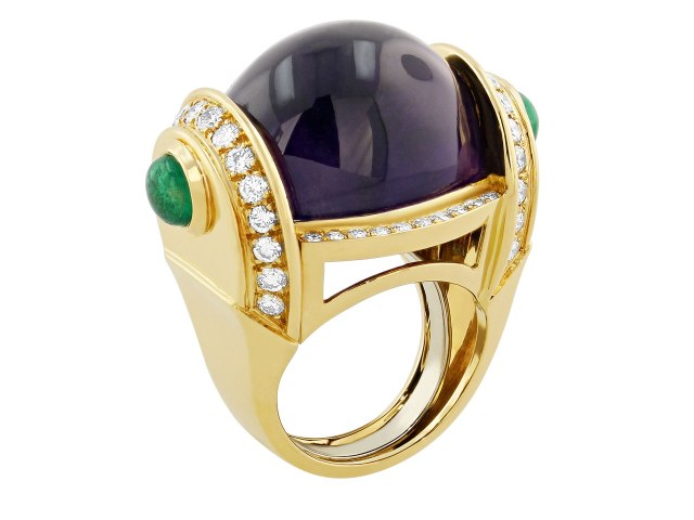 David_Webb_Amethyst_Diamond_and_Emerald_ring_in_18K