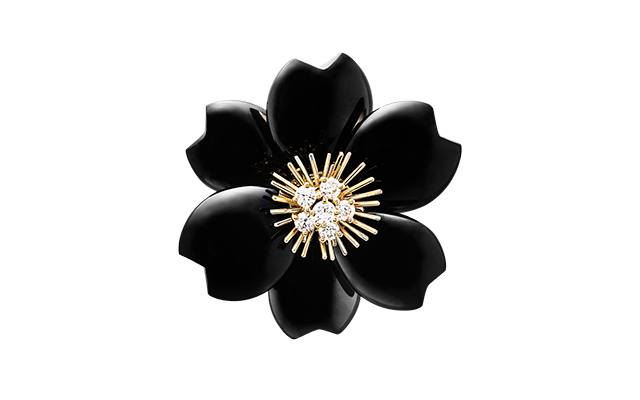van-cleef-arpels-rose-de-noel-black-clip