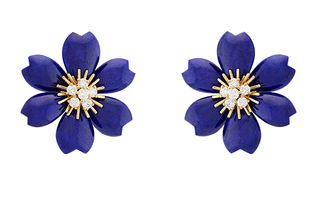 van-cleef-arpels-rose-de-noel-earrings