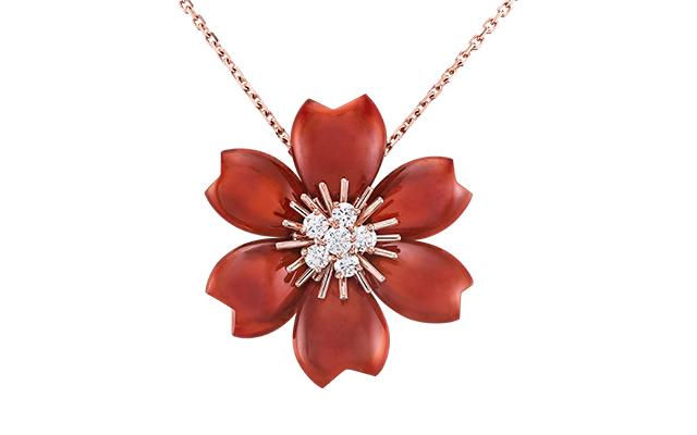 van-cleef-arpels-rose-de-noel-red-clip-pendant