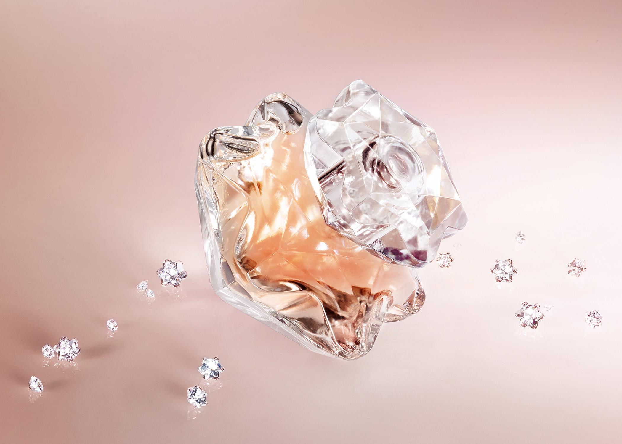 montblanc-lady-emblem-diamonds