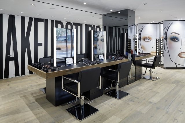 MAC-Makeup-Studio-825-Lexington-Interior