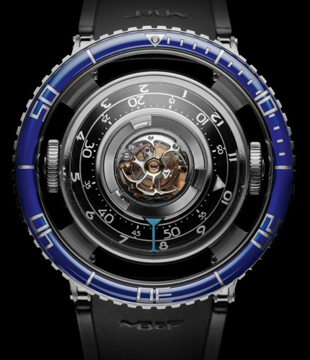 mb-f-hm7-aquapod-watch-11-880x1024