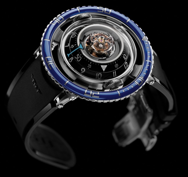 mb-f-hm7-aquapod-watch-4