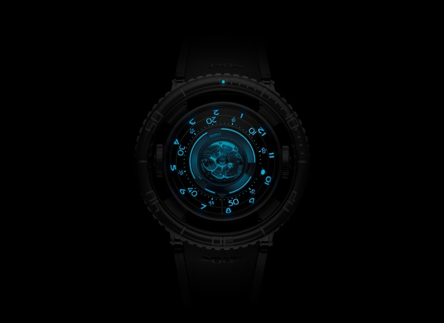 MB-F-HM7-Aquapod-Watch-Top-Night-19.jpg
