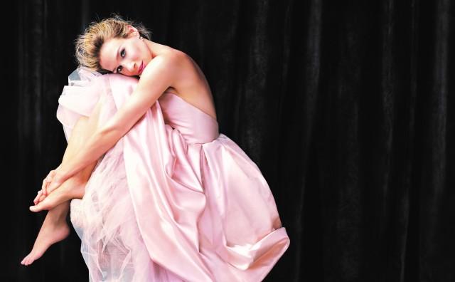 Sarah Jessica Parker Lovely.jpg