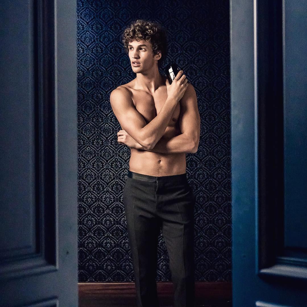 Paco Rabanne Pure XS model