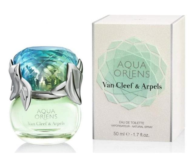 van-cleef-arpels-aqua-oriens-flacon-box.jpg