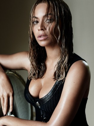 Beyonce-Knowles-by-Mario-Testino-1
