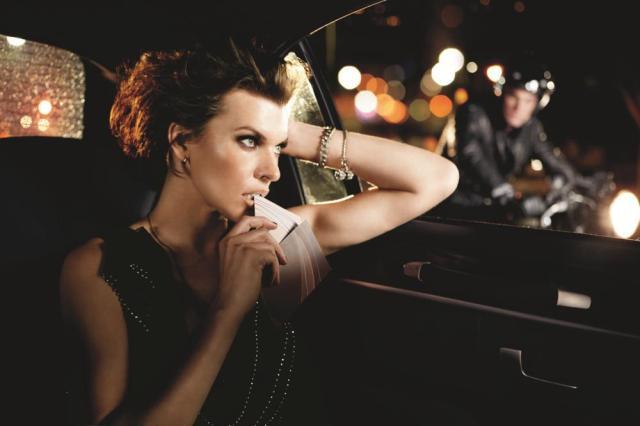 Milla_Jovovich_Avon_City_Rush_Campaign_01