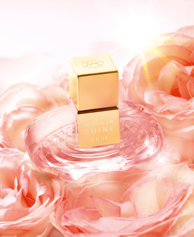 Heidi Klum Shine My Rose Banner2