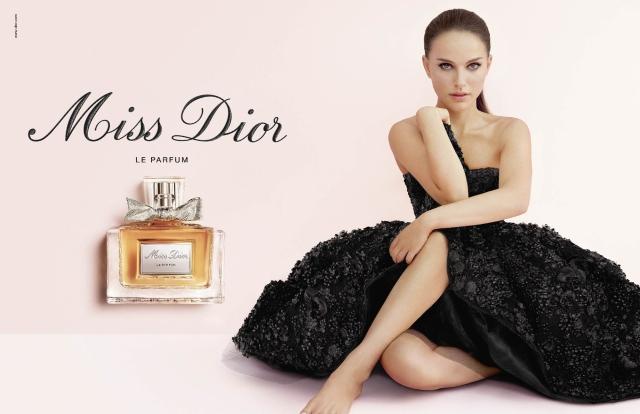 Miss-Dior-Le-Parfum-moodpackshot.jpg