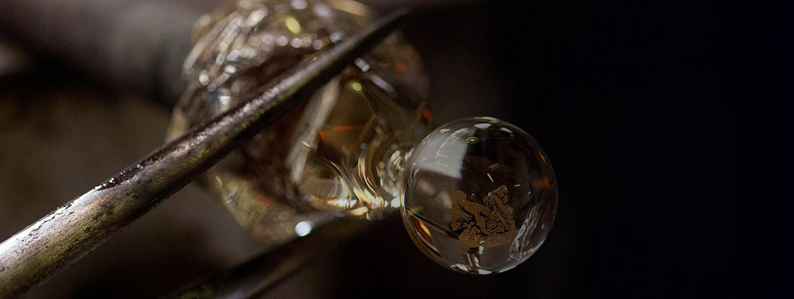 Dior_s-J_adore-L_Absolu-fragrance-by-Jean-Michel-Othoniel-The-Making-Of3