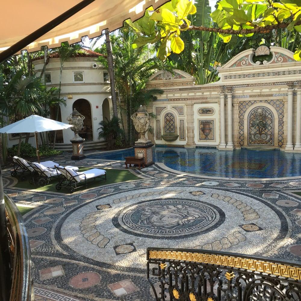 Gianni-Versace-Casa-Casuarina-Daytime-Million-Mosaic-Pool-and-Loungers.