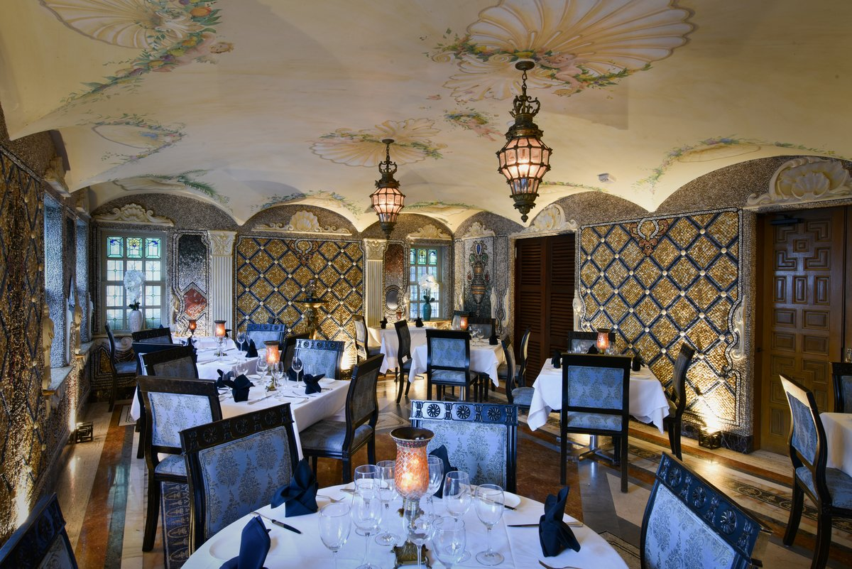 Gianni's Restaurant at the Versace Mansion Miami Beach