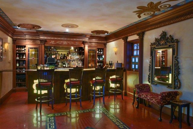Gianni-Versace-Casa-Casuarina-Onyx-Bar