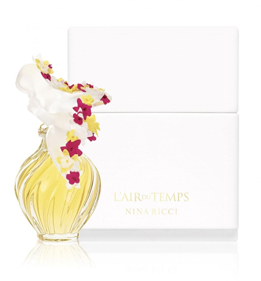 nina-ricci-lair-du-temps-lalique-couture-florale-perfume-46-1517391740.jpg